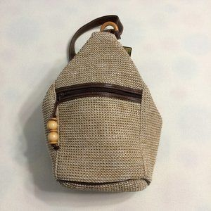 Over the Shoulder Straw type Purse